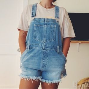 Free People Distressed Overalls NWT Size 31